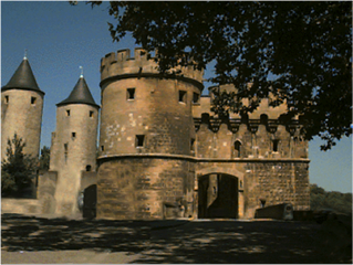 Metz-Castle2